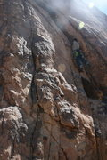 Rock Climbing Photo: Nathan Fitzhugh looking for pro in the lower secti...