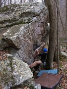 "Rock Climbing Photo: Aaron James Parlier on ""Top Ramen"" (V2)"
