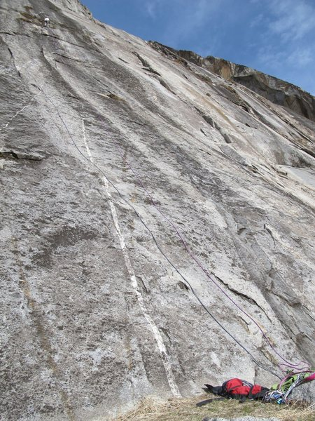 Rock Climbing Photo: Sunny terrace at the base of MGJ and Bring in the ...