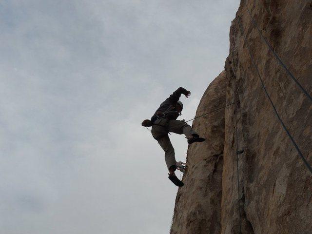 Joshua Tree, CA<br> first leader fall
