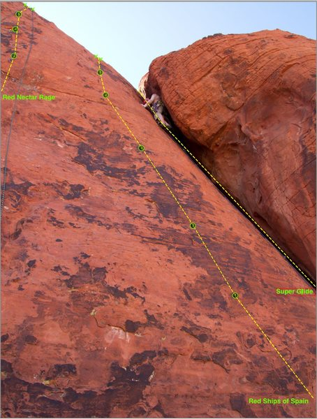 Rock Climbing Photo: Annotated with route, bolts and anchor.