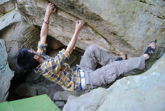 "Rock Climbing Photo: Start for ""No Rest for the Weary"" V3"