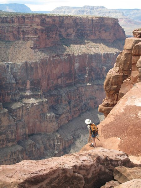 Rock Climbing Photo: Me looking over the edge, and hiking at Toroweap o...