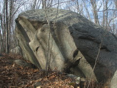 Rock Climbing Photo: Another nice big Wickaboxet boulder