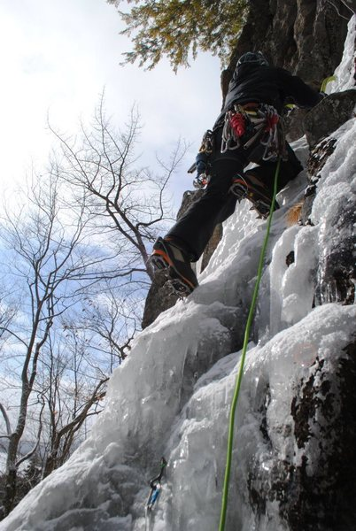 Unnamed Route on Bald Mtn, WI3 M3, 180'