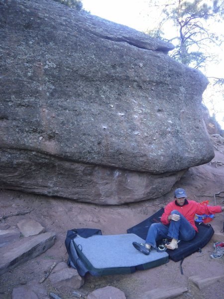 Rock Climbing Photo: Glen shoes up for the C. Mantel.