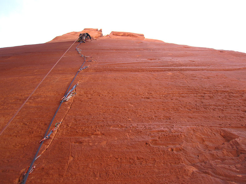 Rock Climbing Photo: Marcus on the fine Pitch 2.  Small wires are the k...