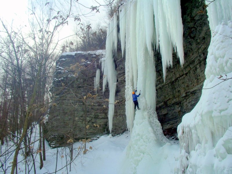 Smitty's Icicle<br> <br> Elmira, NY<br> <br> 2007
