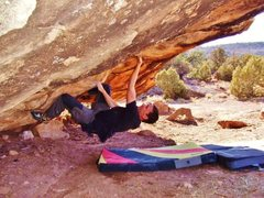 Rock Climbing Photo: Arien hitting the undercling on the Helmet of Vade...