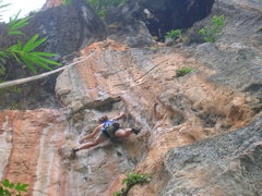 Rock Climbing Photo: Fun upper headwall with steep finger pockets is ab...