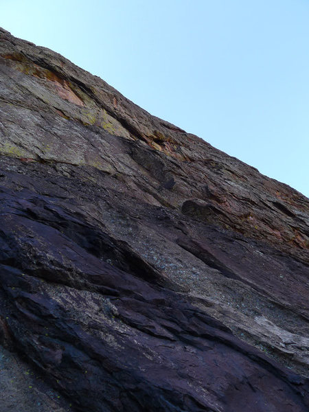 Rock Climbing Photo: Looking up P1 (head for dark corner in the center ...