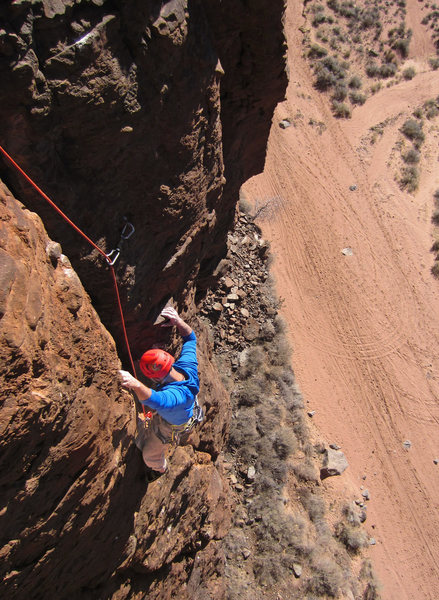 Mike enjoys moderate moves above the 2nd pitch roof <br> Heat Seeker - (5.11-)