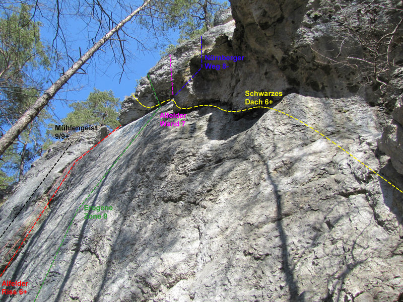 The routes available at the second area. G. Messner Ged.-Weg is to the left of the routes pictured here.