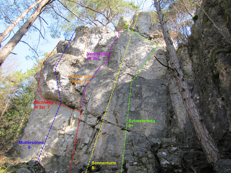 Rock Climbing Photo: The first part that you come to from the approach ...