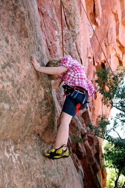 Rock Climbing Photo: T.R.-ing Drug Wall.