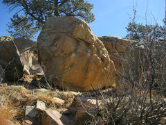 Rock Climbing Photo: Sloper Traverse boulder. Some holds chalked up.  M...