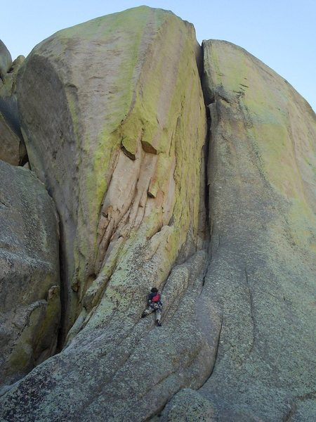 Rock Climbing Photo: Leading up to the chimney pitch in one pitch from ...