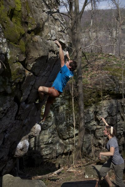 Rock Climbing Photo: Jak at the lip.