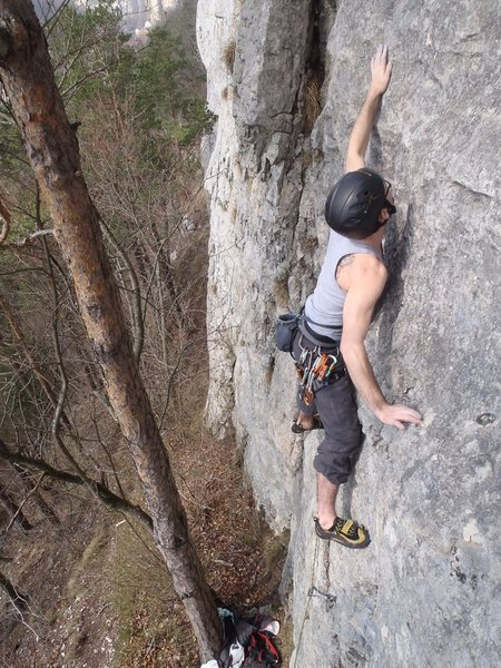 Rock Climbing Photo: 6a Tarzan start  (normally head left here, actuall...