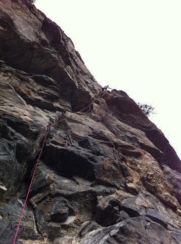 Rock Climbing Photo: Finishing P1.