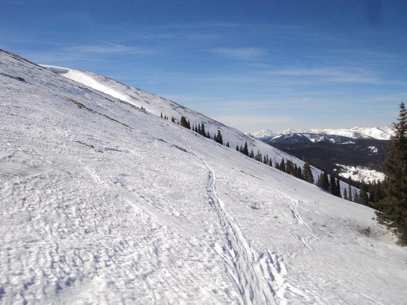 Rock Climbing Photo: Snow to ~treeline.