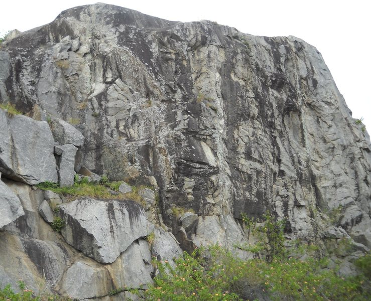 Rock Climbing Photo: this is one of 3 small walls. needs a couple bolts...
