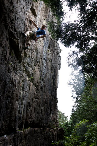 Rock Climbing Photo: A pause before the crux