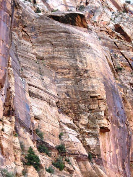 Rock Climbing Photo: smashmouth follows the obvious zigzagging splitter...