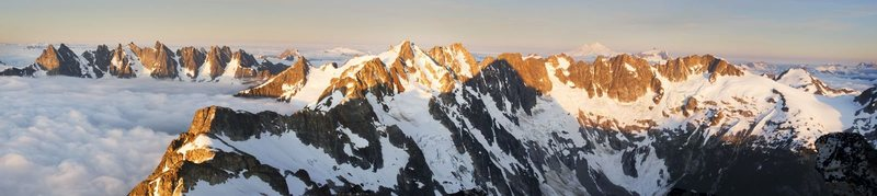 Rock Climbing Photo: View from Luna peak of the entire traverse.