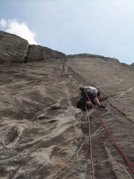 Easier climbing to start the 4th pitch, which links nicely with the 5th for a long mega-classic!