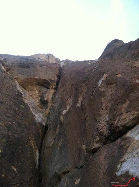 Don't go straight up here for The Long Lead.  Face climb on pockets to the right.  <br> <br> Does anyone know what the climb straight up is?
