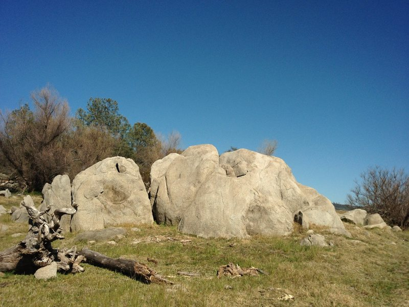 Rock Climbing Photo: A three boulder cluster with various widths of cra...