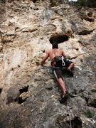 Rock Climbing Photo: Starting up Senza Nome.