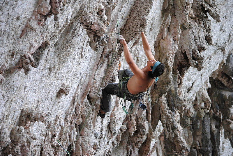 Rock Climbing Photo: Joel on the first part of La Gripa 11d in the near...