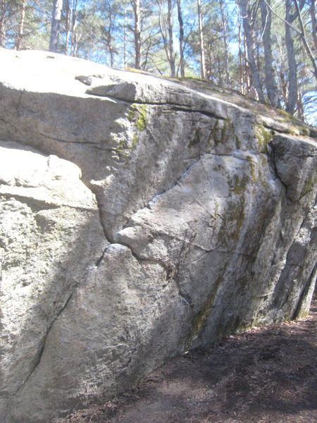 Rock Climbing Photo: The right rising crack of Slice