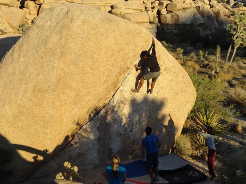 Rock Climbing Photo: J-tree Chube(V2)
