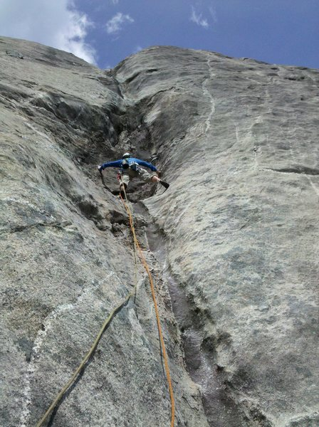 Rock Climbing Photo: P-4 The crux of the route is coming out of the bul...