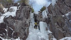 Rock Climbing Photo: Tom starting up the ledges