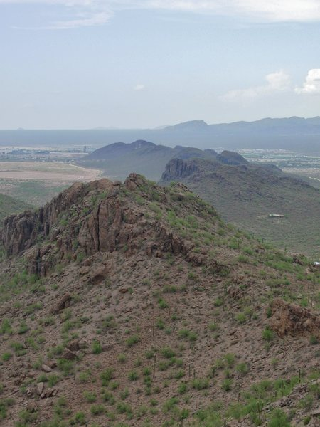 Rock Climbing Photo: Looking to the north down the last ridges of the T...