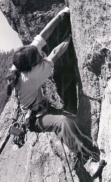 Rock Climbing Photo: P. Davidson gunning through on the FA of Retiremen...