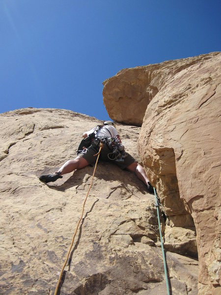 Rock Climbing Photo: Shingo starting the corner P2