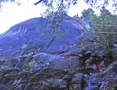 Rock Climbing Photo: The red line and arrows show the original route (1...
