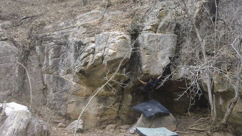 Kelly Canyon - V6 in the Trailer Park<br> This thing doesn't get climbed enough