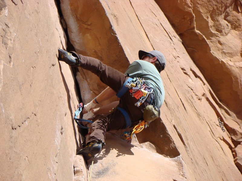 Rock Climbing Photo: Pulling the surprisingly easy roof up top.