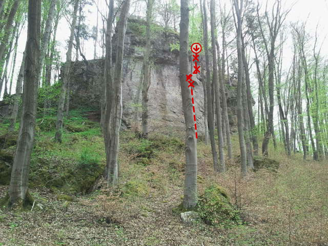 Rock Climbing Photo: The location and general path of Via Claudia.