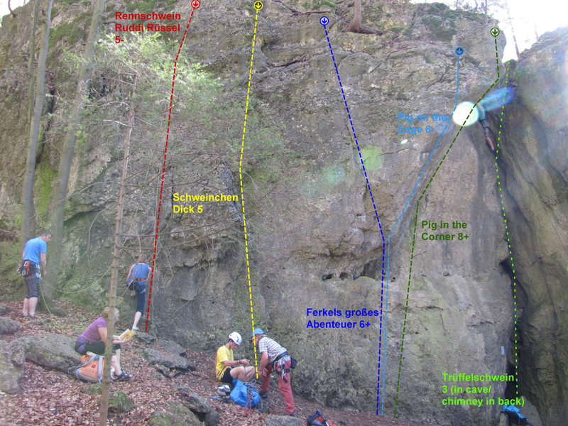 Rock Climbing Photo: The left side of Saufels