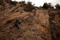 Rock Climbing Photo: Starting Transversetite, 5.10c The Danks. Spearfis...