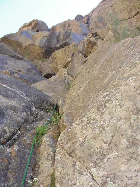 Rock Climbing Photo: Start of the 2nd pitch.  Note the how we swung aro...