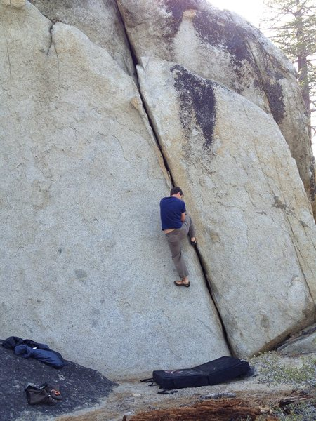 Rock Climbing Photo: Hand Crack on the way to Chimney Beach, photo take...