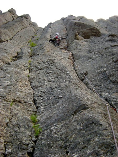 Shirley leading Pure Joy (2009).  Took a small but invigorating whip at the top/crux.